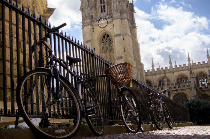 Reino Unido: Becas Para Licenciatura en Diversos Temas Oxford University