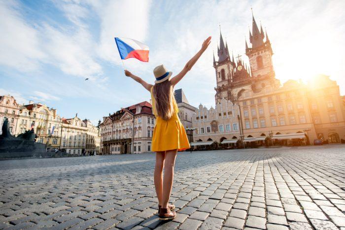 República Checa: Becas Para Pregrado, Maestría y Doctorado en Diversos Temas Czech Republic Government