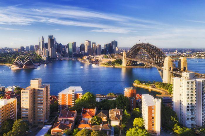 Australia: Becas Para licenciatura en Cualquier curso de asignaturas ofrecido por la universidad University of Adelaide