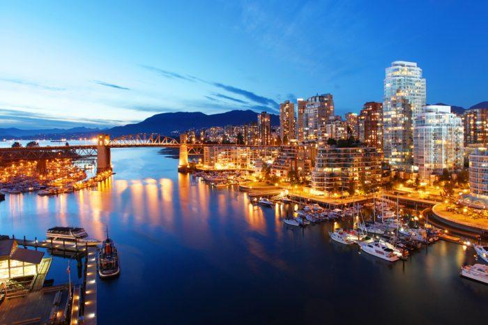 Canadá: Becas Para licenciatura en Cualquier curso de asignaturas ofrecido por la universidad Universidad de Columbia Británica